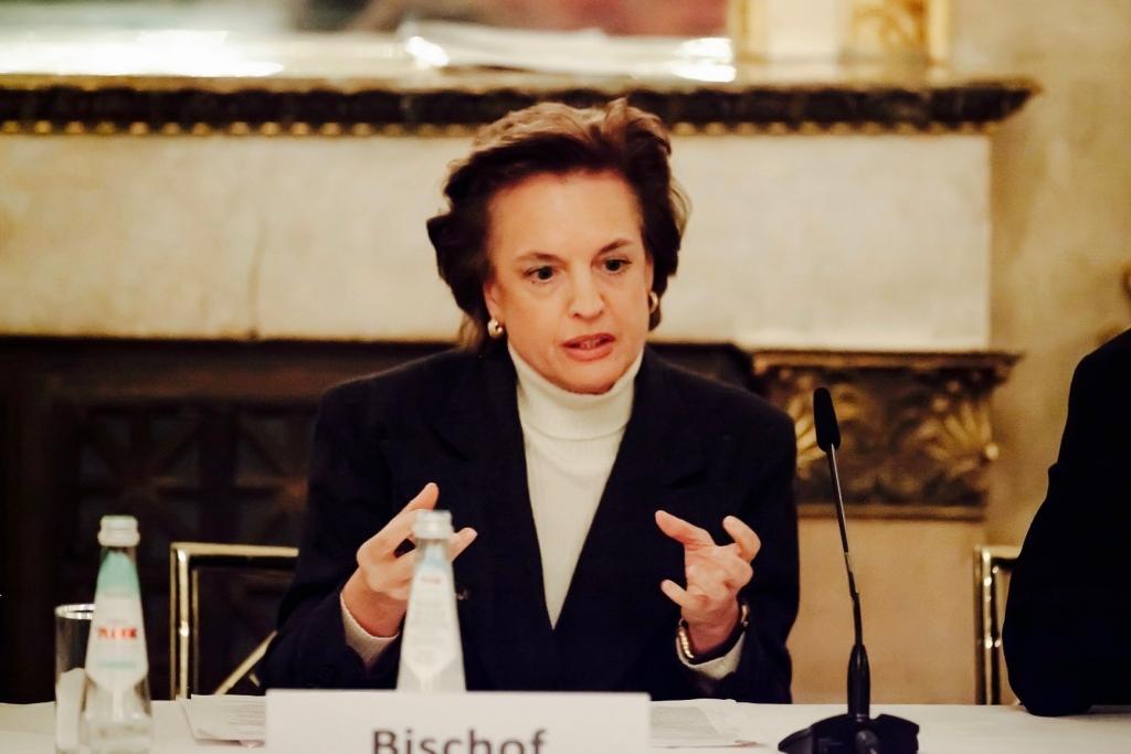 Dr._rer._pol._Beatrice_Bischof